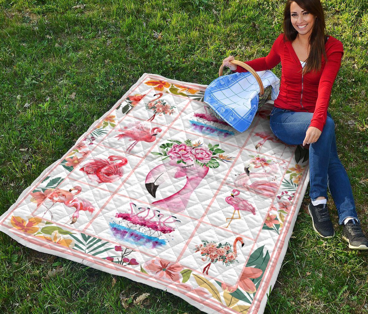 Vintage flamingo quilt - maria