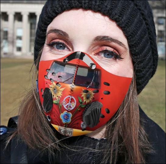 Hippie car be happy filter activated carbon face mask