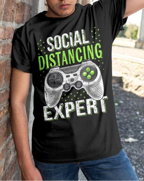 Social distancing expert - 2020 coronavirus classic shirt