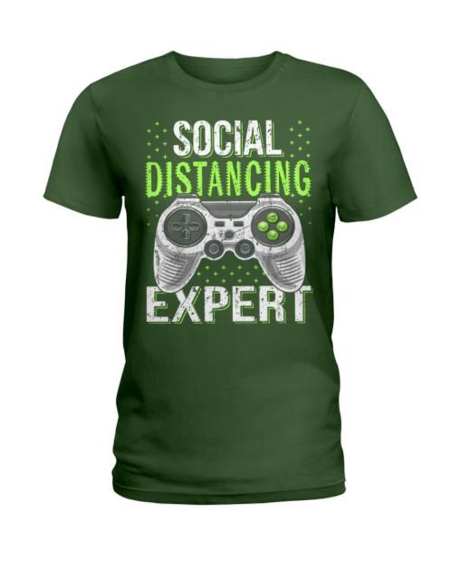Social distancing expert - 2020 coronavirus lady shirt