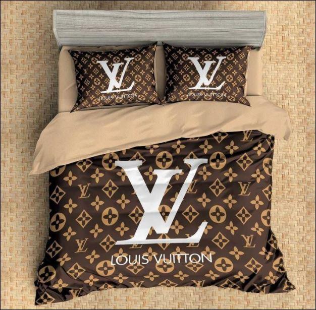 Louis Vuitton bedding set