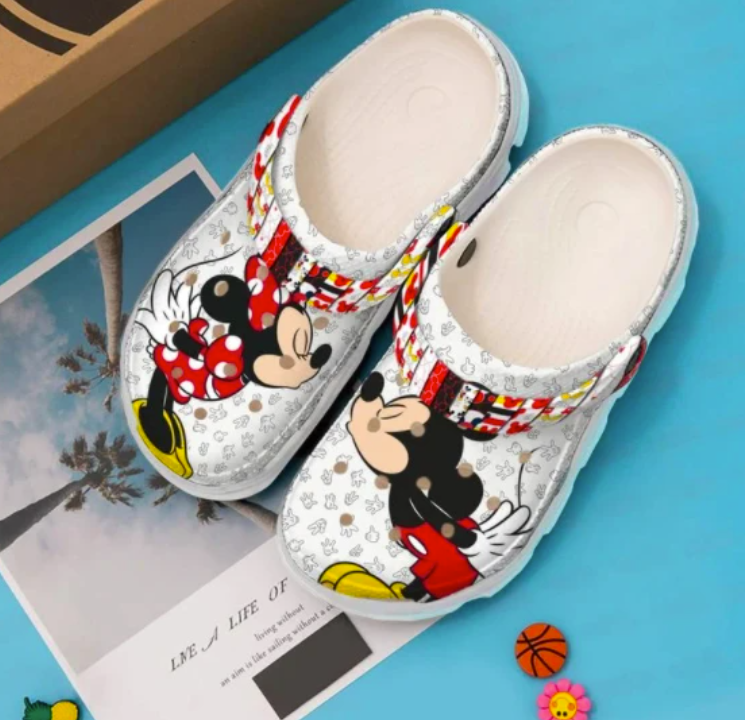 Mickey Mouse and Minnie Mouse crocs crocband 1