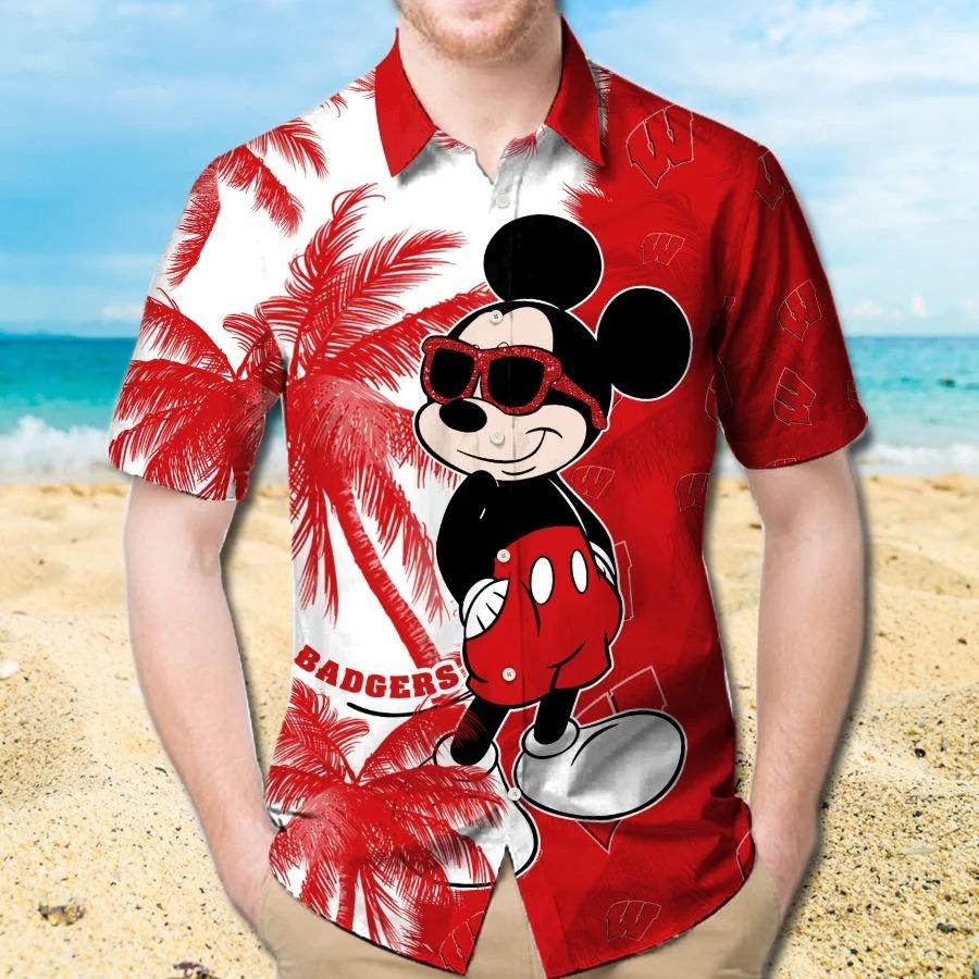 Mickey Mouse Wisconsin Badgers hawaiin shirt vs beach short 1