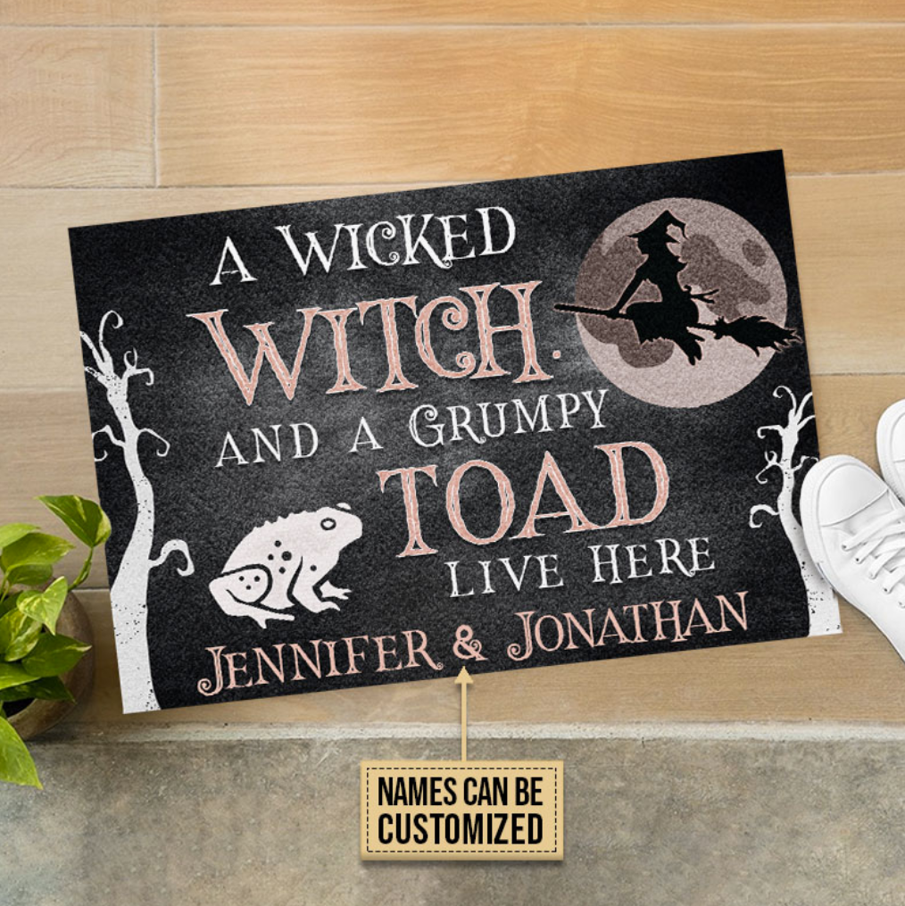 Personalized a wicked witch and a grumpy toad live here doormat 1