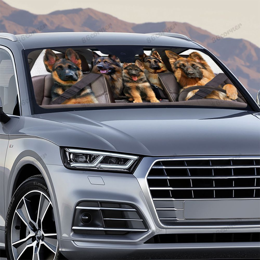 German Shepherd family driving car sunshade - Picture 2