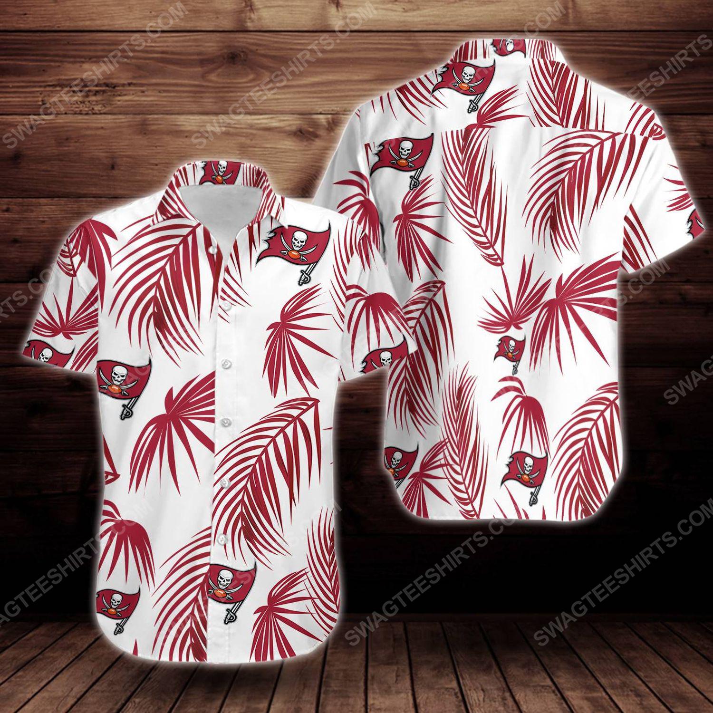 Tropical summer tampa bay buccaneers short sleeve hawaiian shirt 1