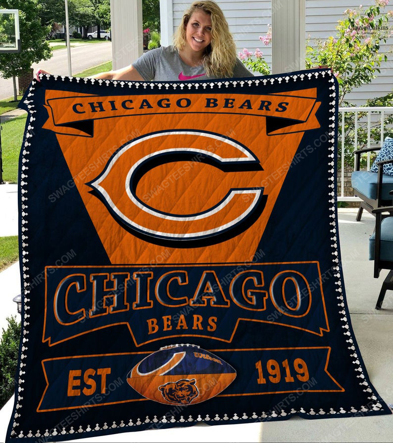 Chicago bears football team all over printed quilt 1